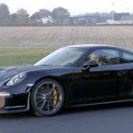В Порше начали тесты модели 911 обновленного поколения
