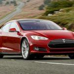 Компания Tesla может невыполнить план продаж доконца 2015г