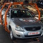 Впятницу, 18декабря сконвейера волжский автомобильный завод сойдет заключительная «Лада Приора»